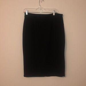 Halogen pencil skirt w/ zipper detail
